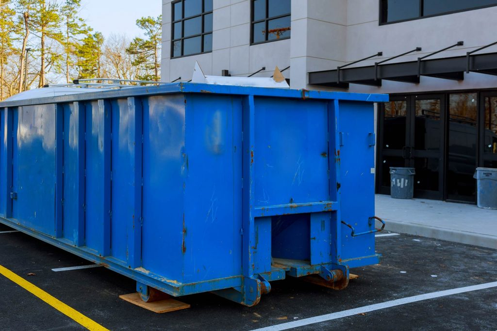 Pros and Cons of Dumpster Rental Brokers Vs. Local Businesses - Blue Star  Dumpsters